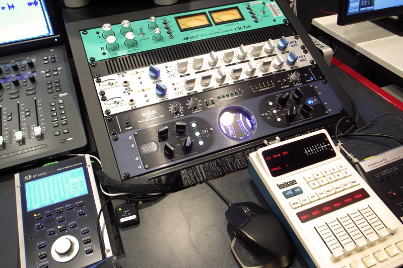 the fader control,レビュー,音質,評価,フェーダーコントロール,フェーダープリアンプ,フェーダーボリューム,インプットフェーダー,手コンプ,フェーダーボックス,フェーダー操作,録音,トラッキング,フェーダー