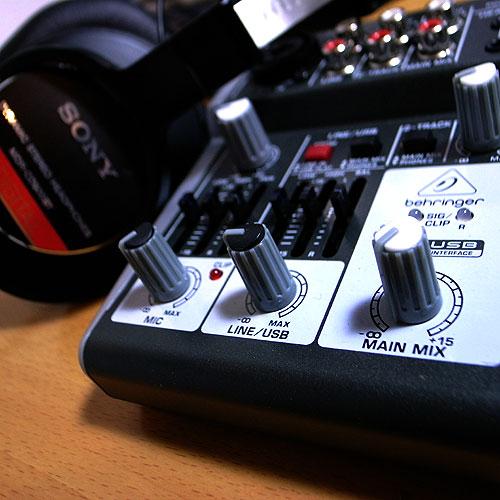 302USB_004_headphone
