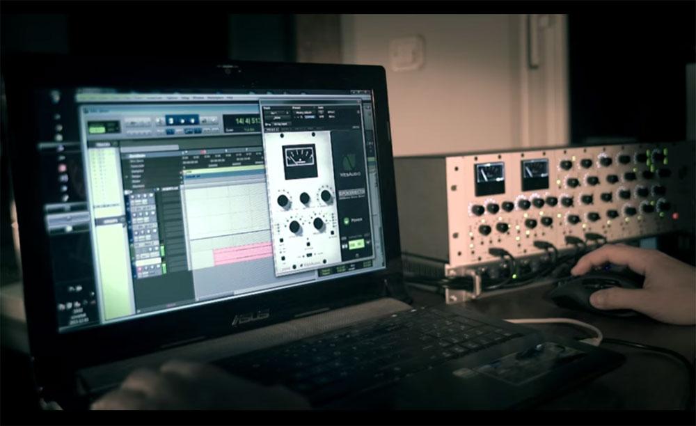 wesaudio-dione-004-1000