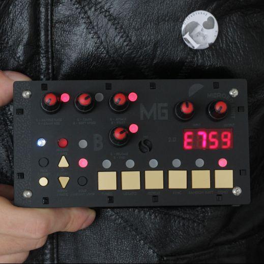 Bastl Instruments – microGranny 2.4 BLACK PIGEON