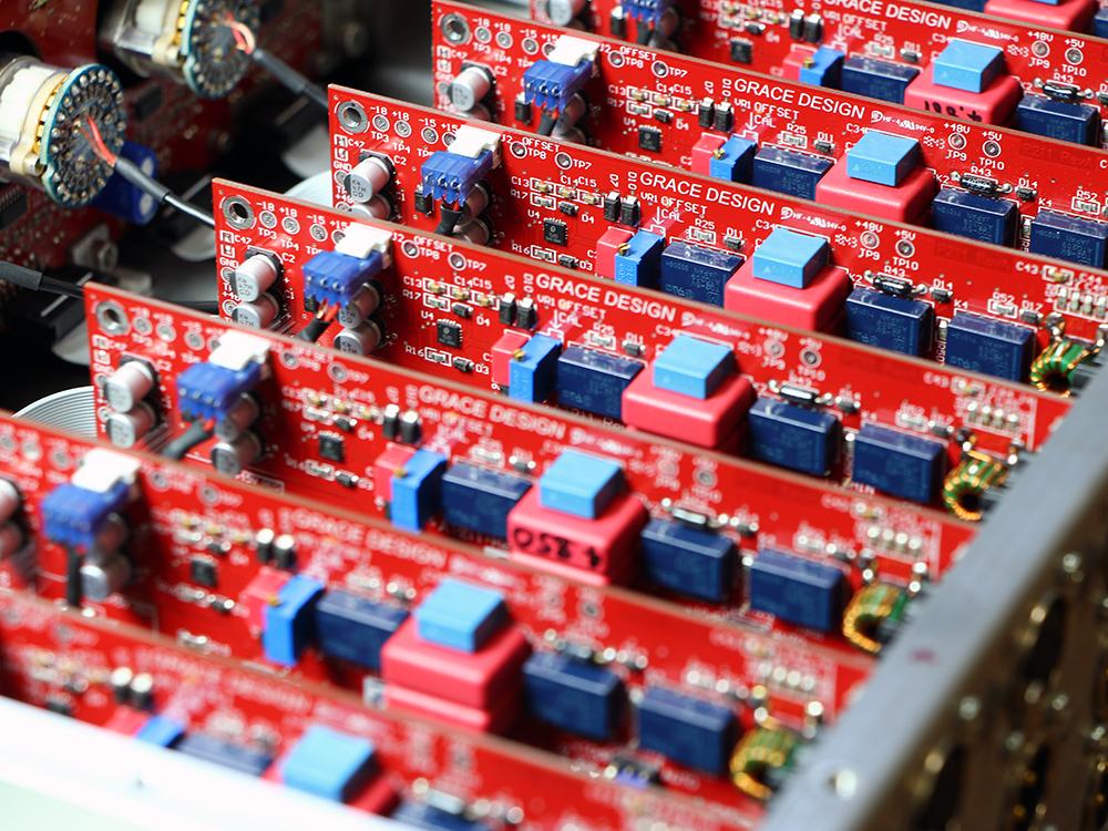 高音質マイクプリアンプ,ハイエンドマイクプリアンプ,スタジオマイクプリアンプ,8chヘッドアンプ,GRACE design,m801mk2,高品位マイクプリ,トランスレス,アコースティック,生楽器,ボーカル,ドラムス,レコーディングマイクプリ,8ch HA