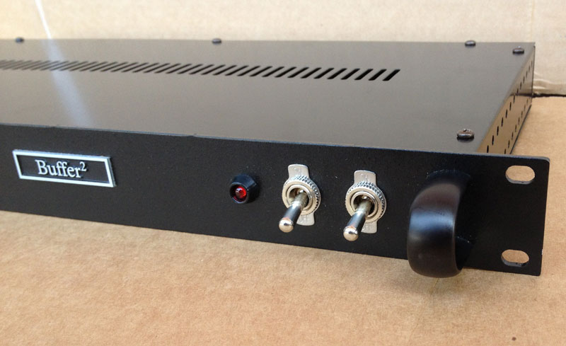 redironamps-buffer2-rack-003