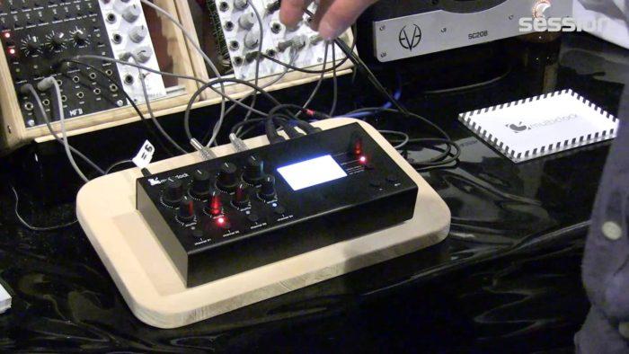 MIDIクロック,DINクロック,アナログクロック,LFOシンク,クロック同期,ずれる,MIDIシンク,同期クロック変換,クロックマスター,ユーロラック,アナログシンセ