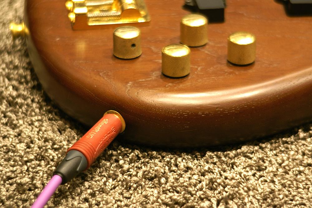 高音質DI,高音質ダイレクトボックス,ハイエンドDI、ベース、アコギ、ギター,DIボックス,DIケーブル,DI-SNAKE,Umbrella Company,ベースライン録音,楽器DIライン録音